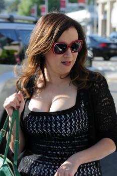 jennifer tilly mega cleavage