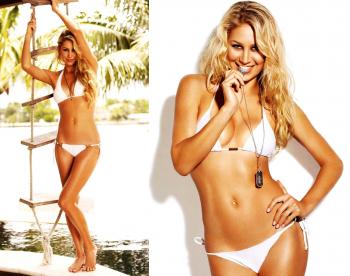kournikova maxim Bikini in photos anna